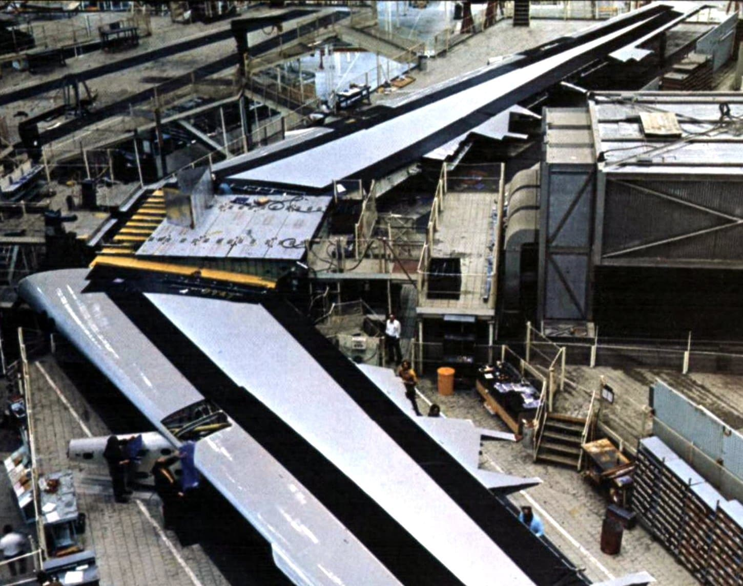 Wing for the first 747SP (1974)