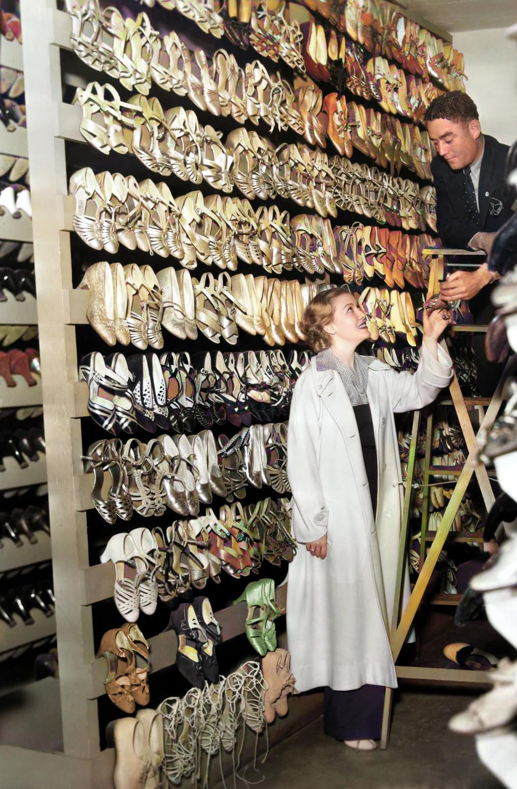 Woman from the 1930s-1940s at a vintage shoe store - Colorized photo