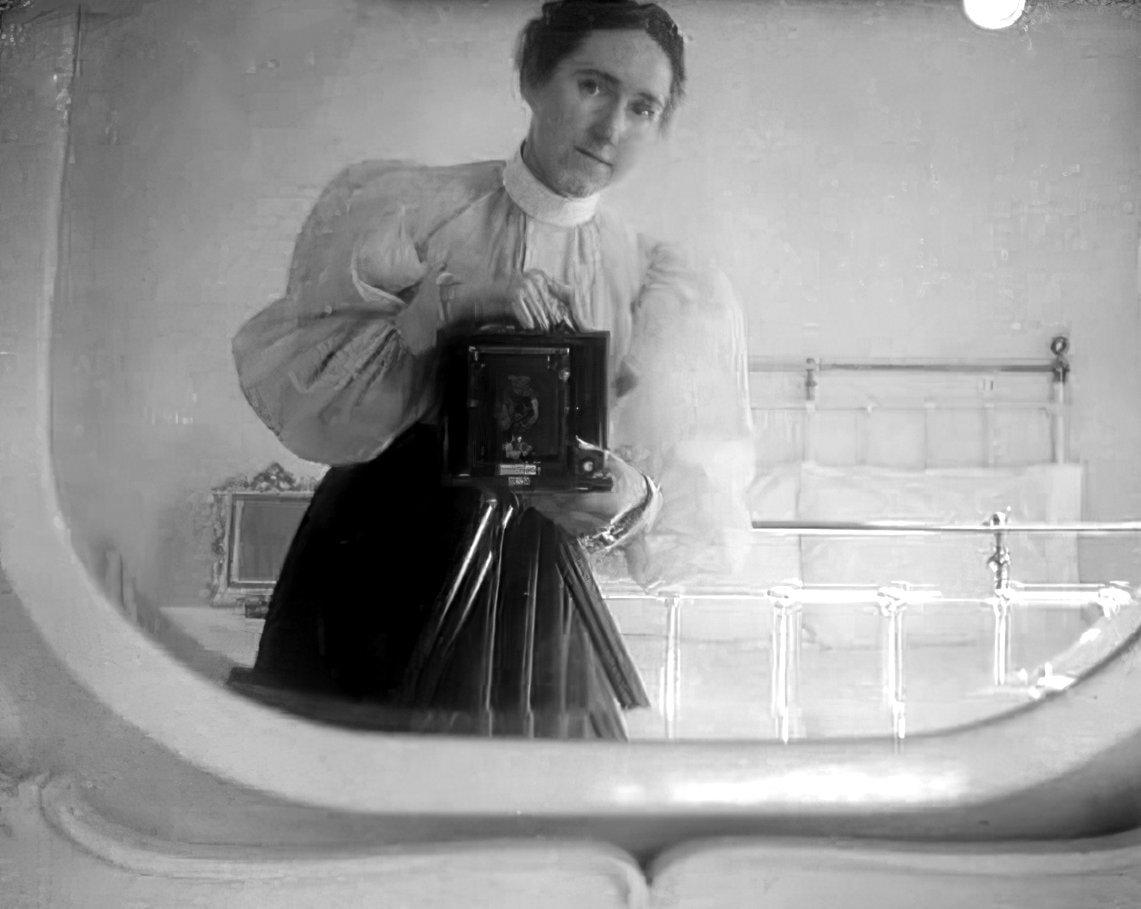 Woman self-portrait mirror selfie (c1900) at ClickAmericana com