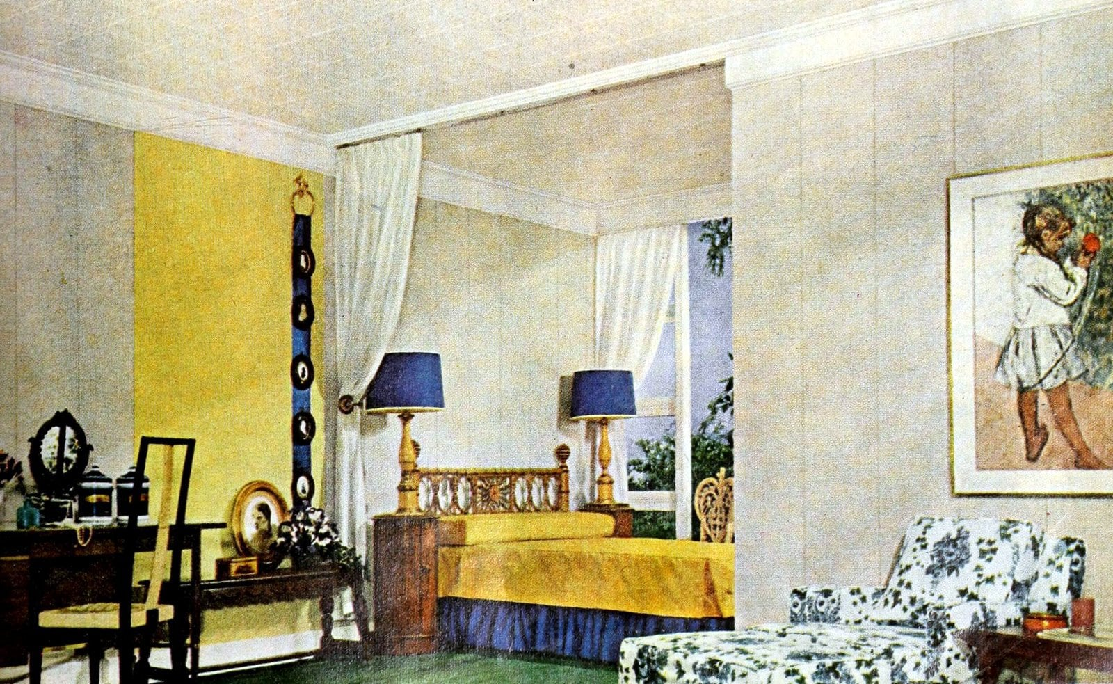 Yellow and blue bedroom decor from the fifties