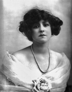 Tips on hair care (1911)