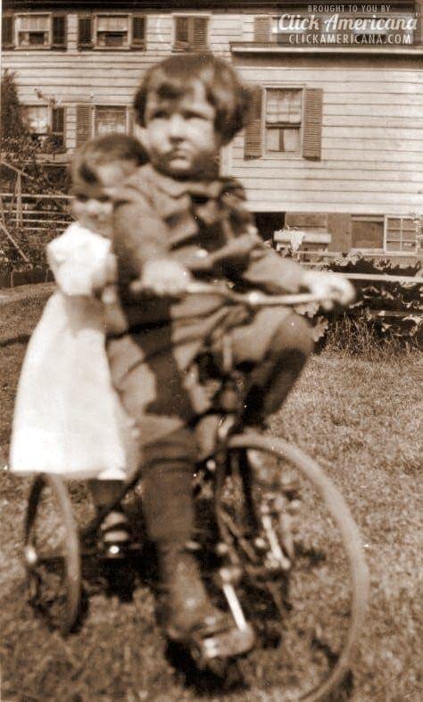antique-tricycle-photo-elaine