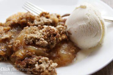 Apple-spice dump cake recipe