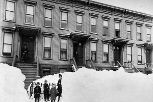 So much snow! NYC overwhelmed during the Great Blizzard of 1888
