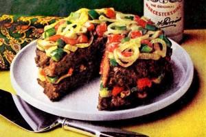 Burger layer 'cake': Quick vintage recipe for a creative meatloaf dinner