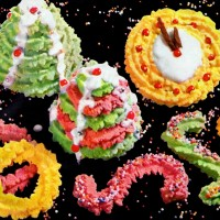 Holiday butter cookies & classic spritz cookie recipes