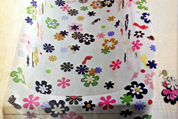 Remember flower-shaped bathtub stickers? See Rubbermaid non-slip tub appliques from the '60s & '70s