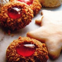 Golden thumbprints: The classic cookies, '80s style