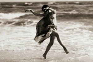 How dancer Isadora Duncan was killed in a bizarre accident (1927)