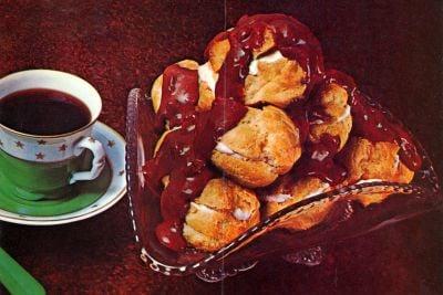 Mocha Puff Pyramid retro recipe (1969)