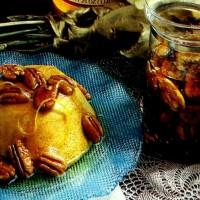 Pumpkin pudding with honey pecan sauce (1989)