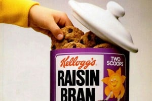 From breakfast to dessert: A Giant Raisin Bran cookies recipe from 1998, plus a bonus version from 1976