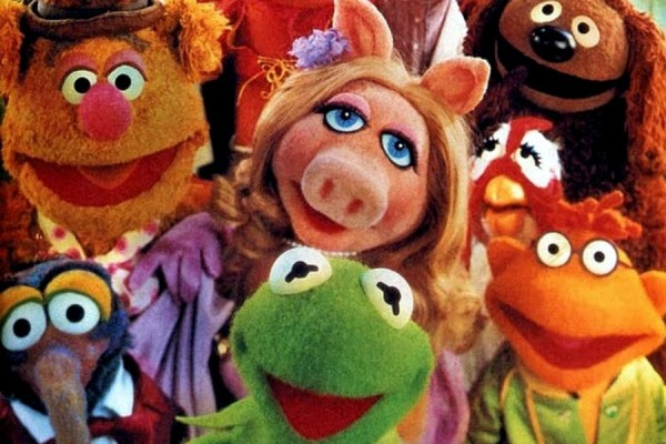 The Muppet Show theme song, famous guest stars, and how the hit TV show started (1976-1981)