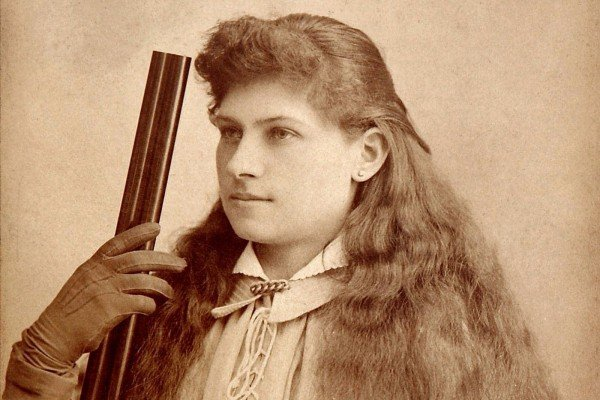 The amazing Annie Oakley Meet the legendary American sharpshooter famous in the old West