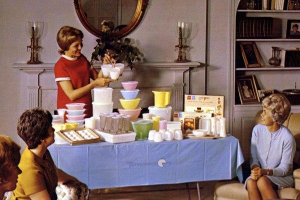 The history of Tupperware Parties and Tupperware Ladies