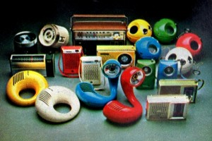 See the vintage Toot-A-Loop & Panasonic's other wacky portable radios from the '70s