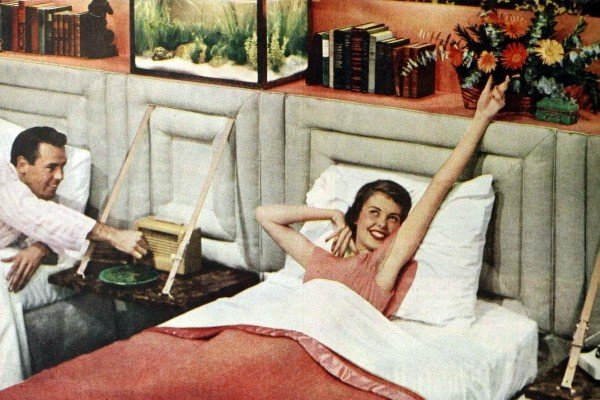 Did married couples really sleep in separate beds back in the '50s?