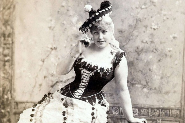 Victorian corsets What they were like - how women used to wear them