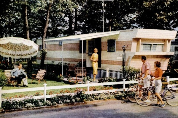 Mobile homes: The hot housing trend of the '50s and '60s