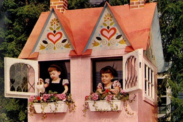 A dream-come-true vintage playhouse for the backyard: Creativity from the '60s