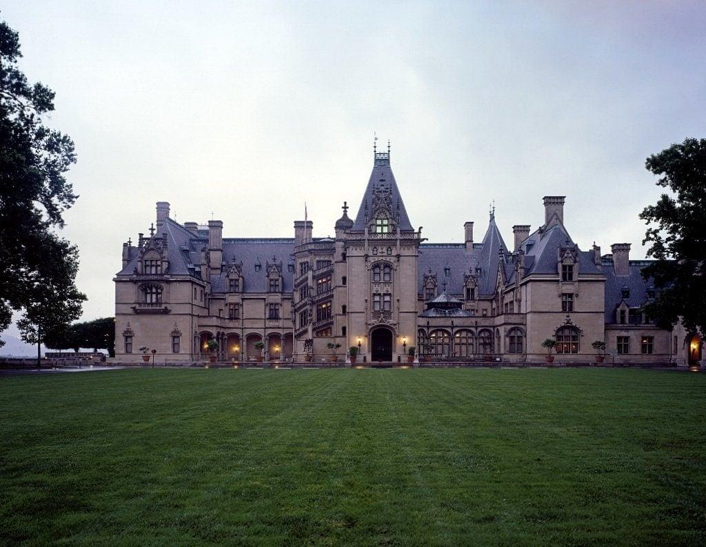 A castle in the clouds the vanderbilt mansion biltmore 1895