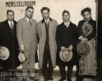 capone-mob-gangsters-1927