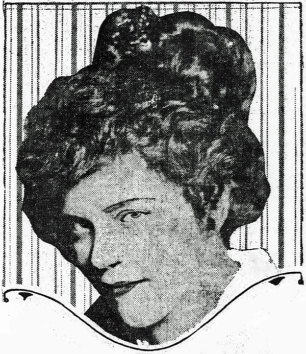 A vintage hairstyle for the coquet (1915)