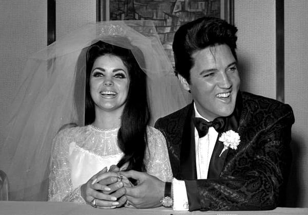 Elvis & Priscilla become Mr & Mrs Presley (1967)