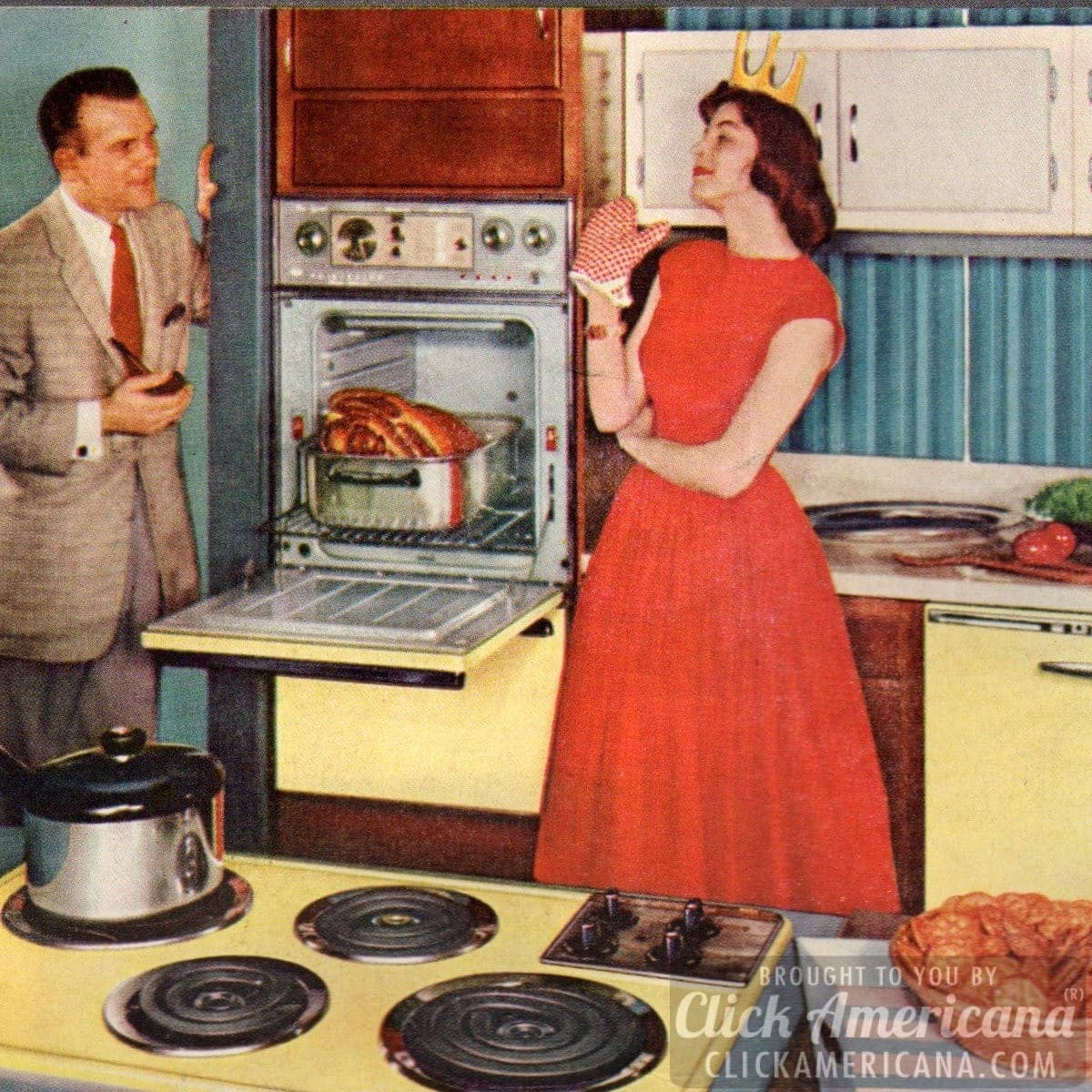 How to be a perfect fifties housewife in the kitchen for Classic 50s housewife