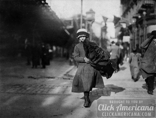 For the girl coming to New York for a career (1912)