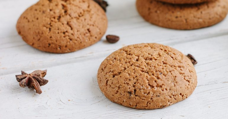 8 great classic gingersnap recipes