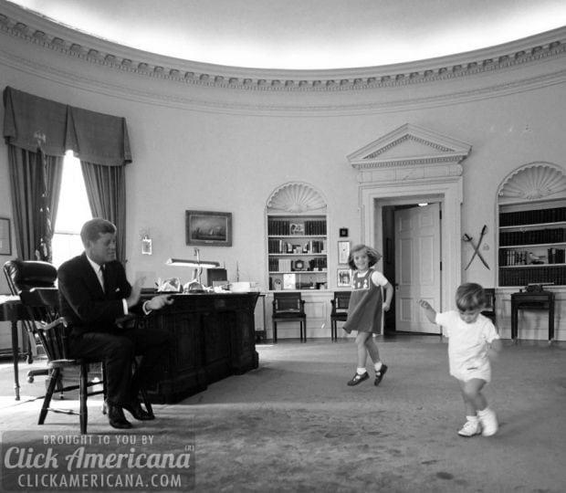 jfk-kids-oval-office-white-house 1962