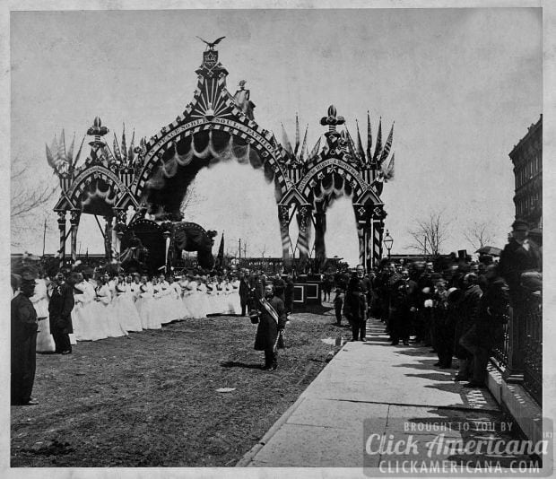 lincoln-funeral-arch-12th-street-1865