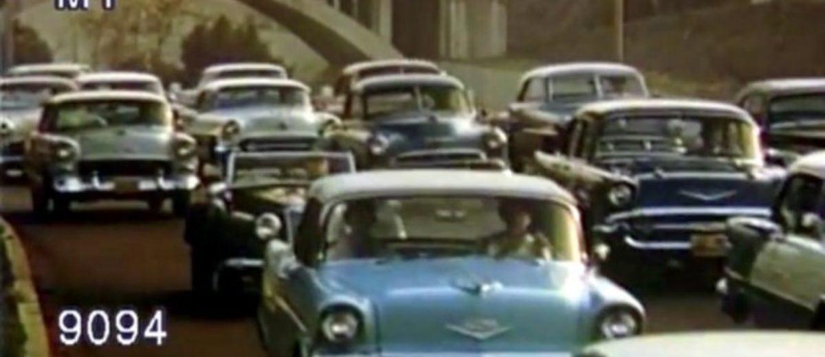 Cars: California freeway traffic (1950s) - Click Americana