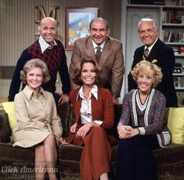 The 'Buttoned-Up' Mary Tyler Moore (1974)