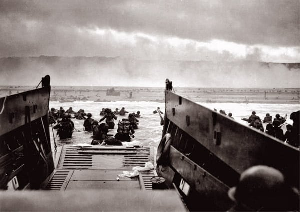 Behind-the-wall account of D-Day invasion (1944)