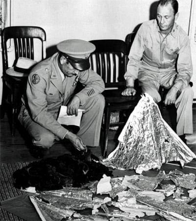 Roswell flying disc mystery (1947)