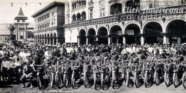 Los Angeles Motorcycle Club Venice meetup (1909)