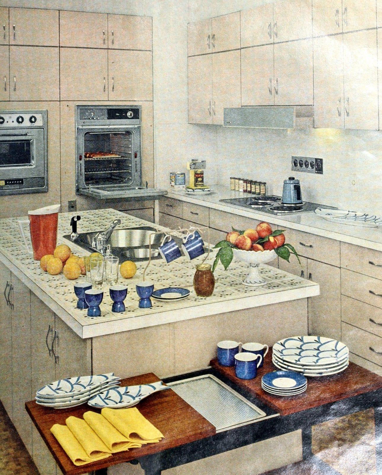 vintage 1960s kitchen tile design idea (1962)