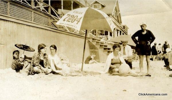 Fun at the beach (1910s – 1920s)