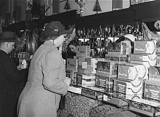 Chocolate drop stop: Vintage candy shops (1938-1939)