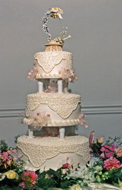 New wedding cake customs (1909)