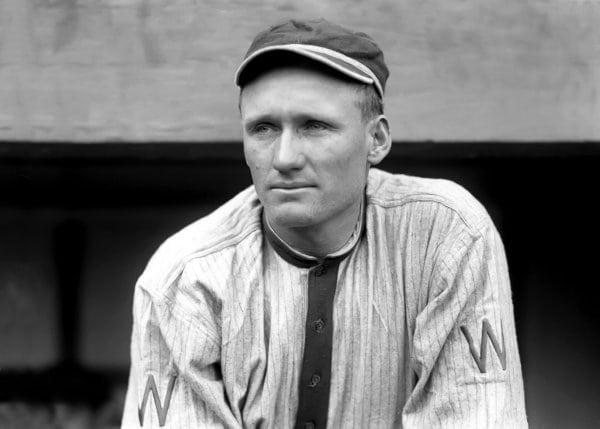 Walter Johnson: The swiftest pitcher (1913)