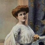 Her crowning glory: Her hair (1902)